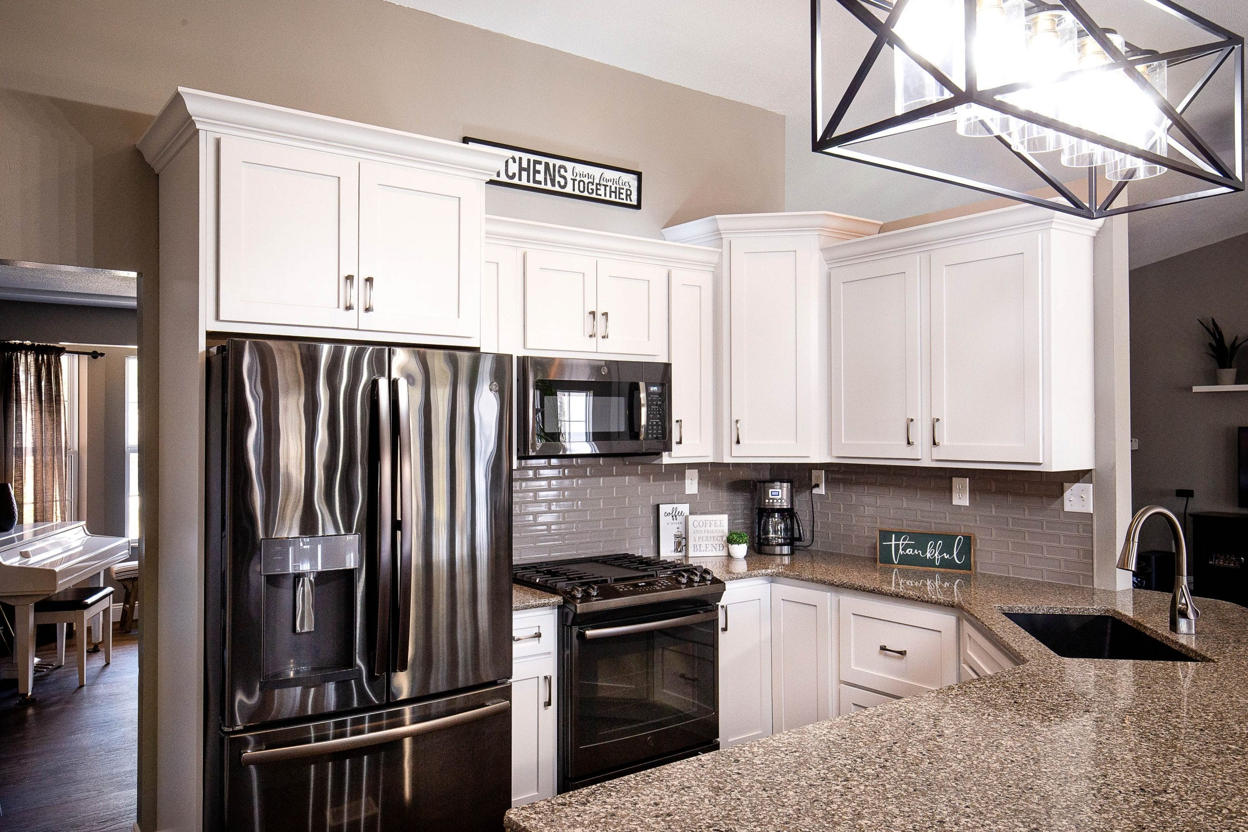 Custom Kitchen | Studio 11 Cabinets & Design